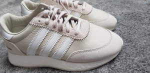 Adidas Originals Basket à lacet blanc cassé-beige