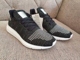 Adidas originsls swift run sneaker neu gr. 38 schwarz silber weiß Turnschuhe schuhe