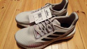 Adidas Pulse Boost Schuhe