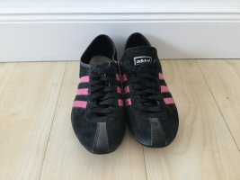 Adidas-Sneaker schwarz-pink