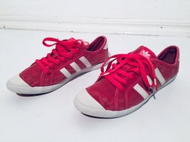 Adidas Basket à lacet blanc-rouge clair