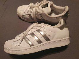 adidas Sneaker weiß silber gr 36,5 - 37