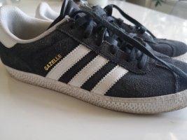 Adidas Sznurowane trampki antracyt