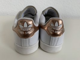 adidas stan smith Basket à lacet or rose-blanc