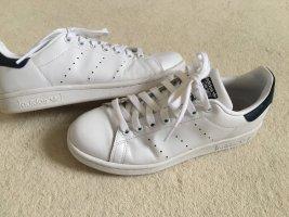 Adidas Stan Smith weiß/dunkelblau in Gr. 38