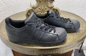 Adidas Originals Sneaker stringata nero