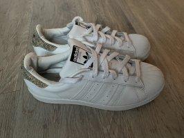 Adidas Superstar Sneaker weiß 40,5