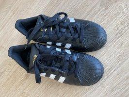 Adidas Superstars - Größe  38  2/3 - wenig getragen
