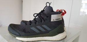 Adidas Terrex Wanderschuh schwarz