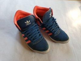 Adidas Turnschuhe Größe UK 5  blau rosa