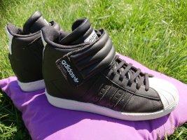Adidas Sneaker con zeppa bianco-nero