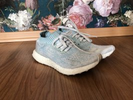 Adidas x Parley for the Oceans Ultra Boost Running Sneaker // Nachhaltig - Sustainable