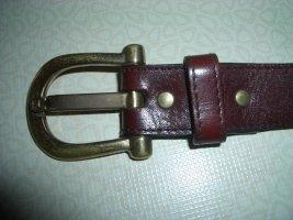 Etienne Aigner Cinturón de cuero burdeos Cuero