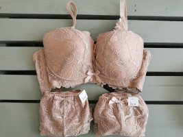 Set lingerie color carne-beige