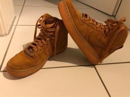 Nike Zapatillas altas coñac-marrón