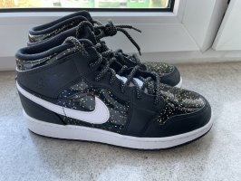 Air Jordan 1 Mid SE GS `Black Glitter