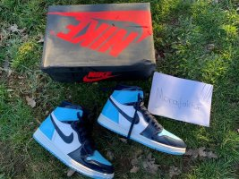 Air Jordan 1 Retro High Unc Patent Blue Chill Gr. 42,5 /US 9/UK 8/WMN 10,5