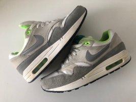 Air Max grau weiß