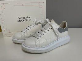 Alexander McQueen Baskets semelle plateforme  multicolore