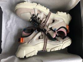 Alexander McQueen Sneakers met veters room-nude Leer