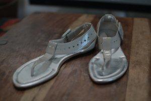 ALEXANDRA MOURA Lack Sandaletten