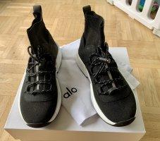 Alo Yoga Women's Wanderer Sneakers, neu, Gr. 35,5 (5 US), schwarz
