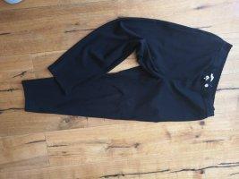 Alpha Tauri Pantalón tipo suéter negro