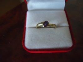 Gold Ring purple