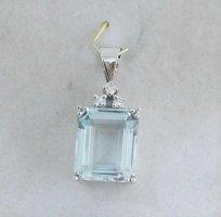 Anhänger aus 585er Weißgold mit Aquamarin & Diamanten in ca. 5,07 ct./2,5 cm
