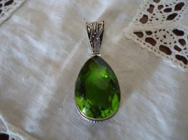 Pendant forest green