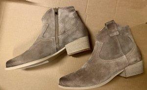 Ankle Boots, beige, Gr. 39 von Dreimaster (Neu)