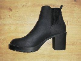 Ankle Boots Gr. 38 schwarz