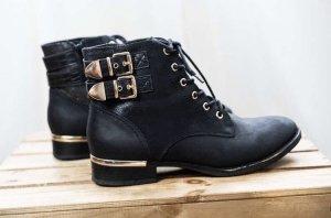 Ankle Boots / Graceland