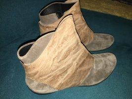Ankle Boots von Think