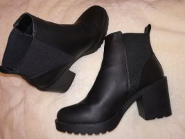 H&M Ankle Boots black