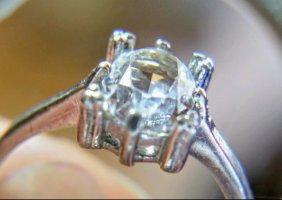 Antiker 835 Silber Ring mit weißem Stein