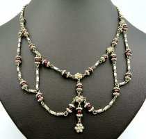 Naszyjnik srebrny-purpurowy