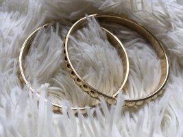 Armbänder in Gold von H&M