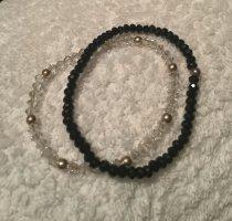 Armbänder schwarz und transparent