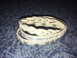 Bracelet gris-argenté