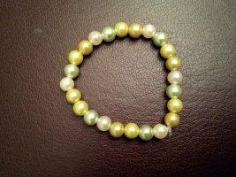 Armband Perlen grün gelb Perlmuttschimmer handgemacht