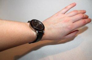Holzkern Montre avec bracelet en cuir multicolore
