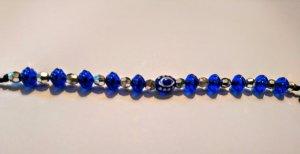 Brazalete de perlas azul