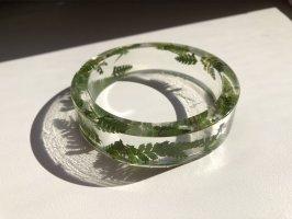 Collar verde bosque-color plata