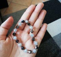 Bracelet en perles blanc-gris lilas