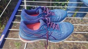 Asics Basket à lacet rose-bleu fluo