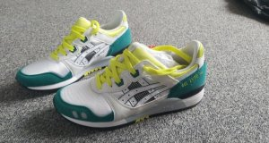Asics Lace Shoes white