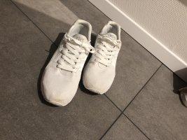 Asics Basket slip-on blanc
