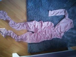 Asymmetrischer Jumpsuit mit Cut out