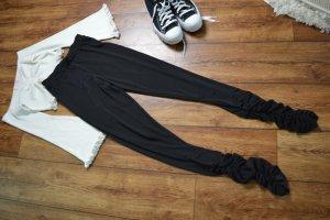 Auffällige schwarze Fashion Nova Leggin mit Raffungen 36